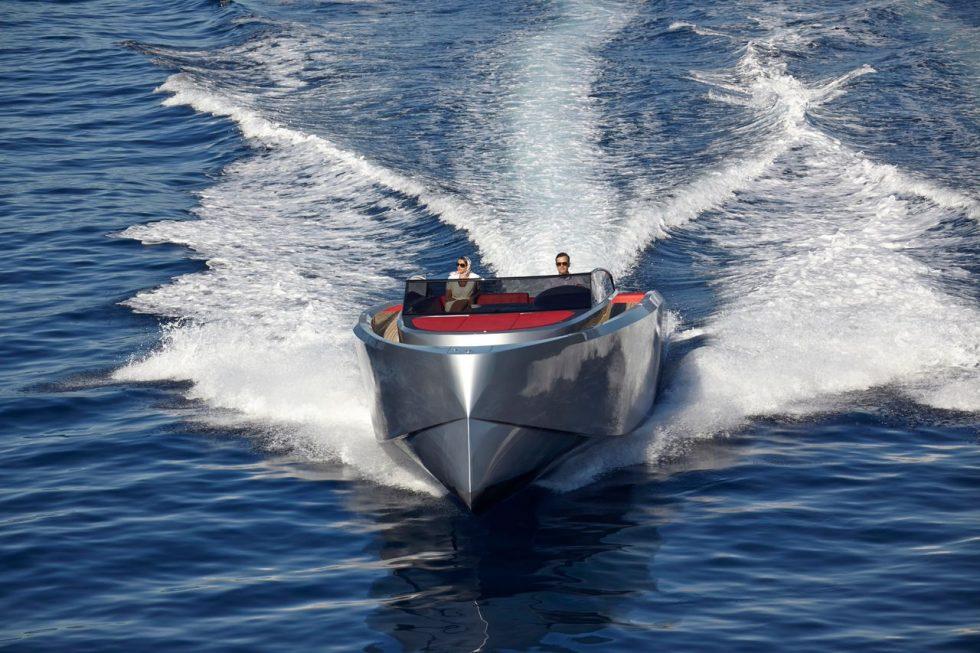 mykonos yacht day charter