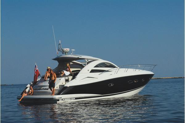 rent a boat in mykonos greece
